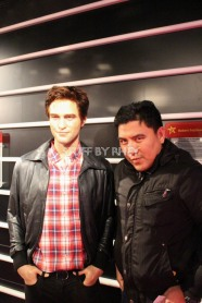Robert Pattinson at Madame Tussaud's Amsterdam